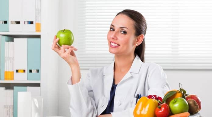 kobieta dietetyk