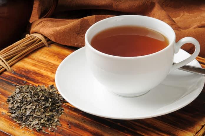 filiżanka herbaty czarnej