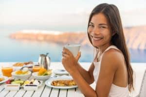 jedzenie, stół, posiłek na świeżym powietrzu
