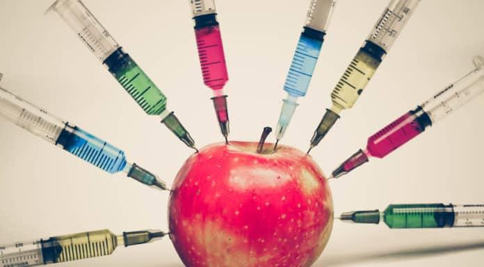 jabłko, strzykawki