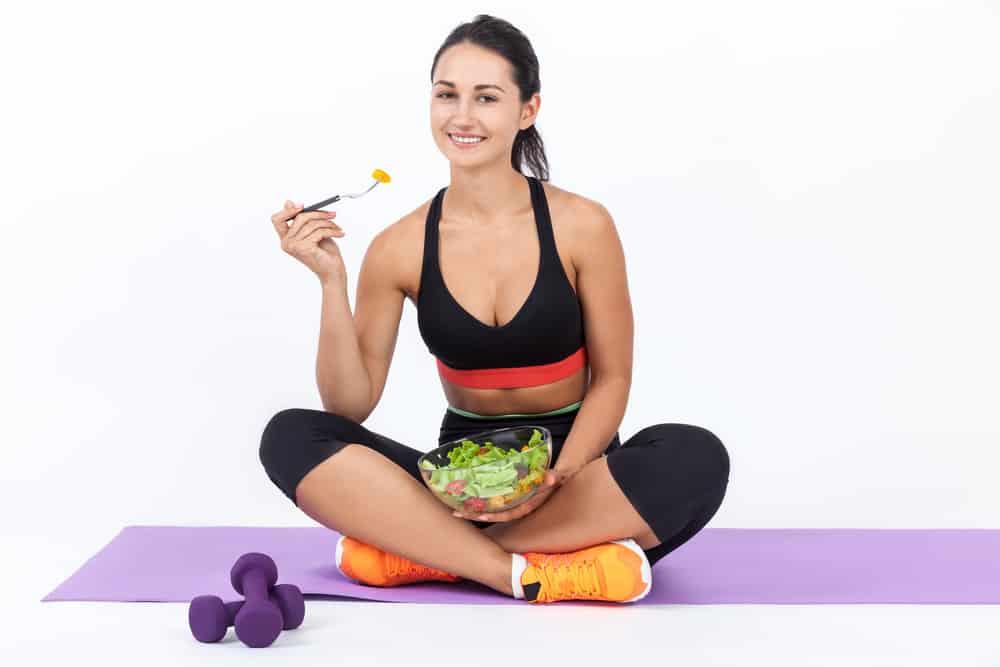 Dieta okołotrenigowa: co jeść po treningu, żeby schudnąć?
