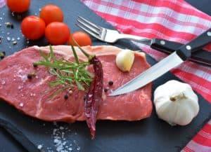 stek, przyprawy, nóż